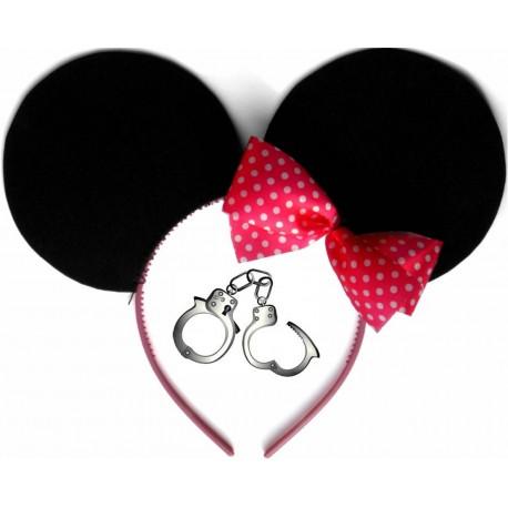 Les dangereuses aventures de Minnie-mouse