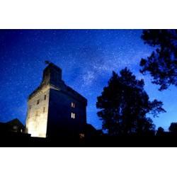 Un château aux confins de la nuit
